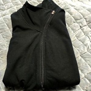 Black zip up sweatshirt no hood